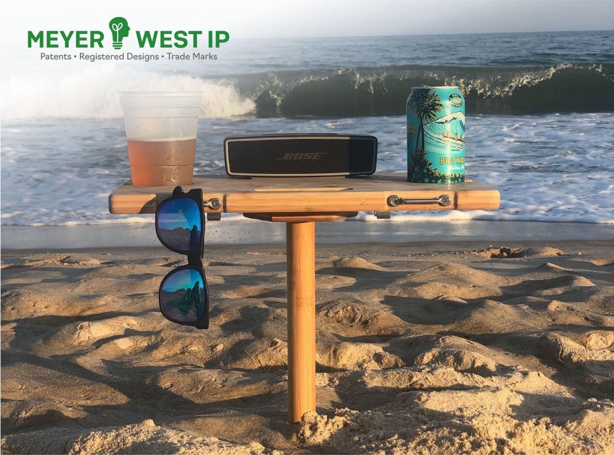 Meyerwest IP- Portable Beach Table